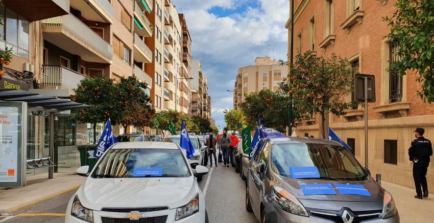 Manifestación en Castellón solicitando cese dirección C.P Albocasser