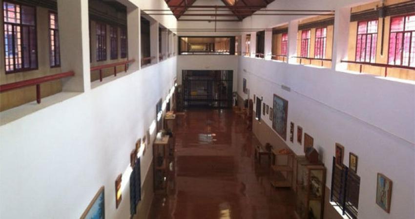 Abortan un intento de fuga en la cárcel de Badajoz