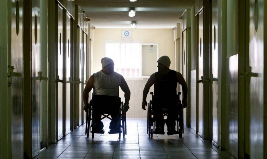 El Supremo establece que Prisiones debe asumir la atención hospitalaria de los presos