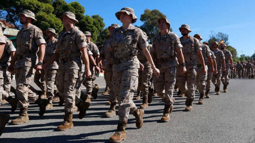 Defensa gasta 228 millones en vigilancia privada de sus bases, pero quiere mandar a sus soldados en la reserva a vigilar las cárceles