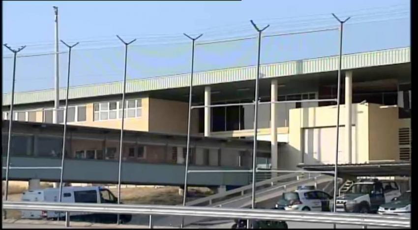 Siguen las agresiones en las cárceles: un preso apuñala a un funcionario en el módulo de aislamiento en Soto del Real