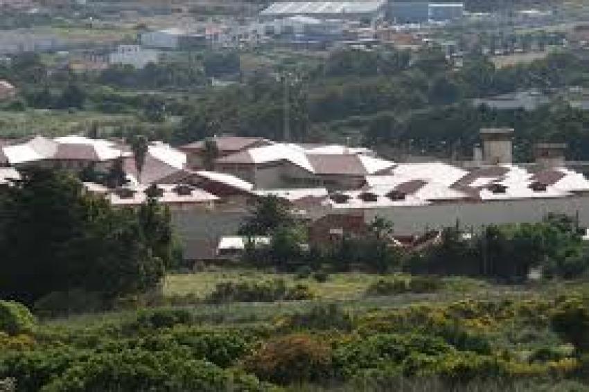 Hallan muerto a un preso por una supuesta sobredosis en Tenerife II