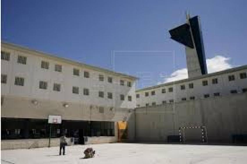 Denuncian «incidentes de riesgo» con presos en la cárcel de Castelló
