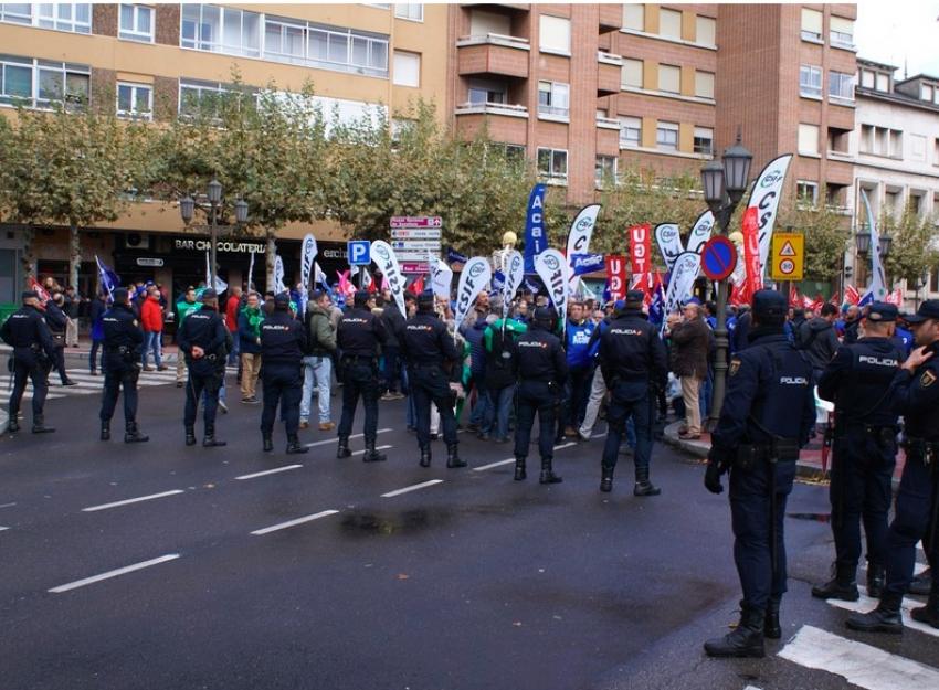Concentración en Valladolid en la Cumbre Hispano-Lusa
