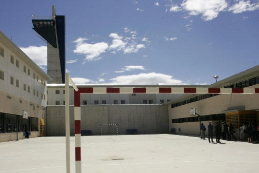 La mitad de funcionarios de la prisión de Albocàsser abandonan el centro