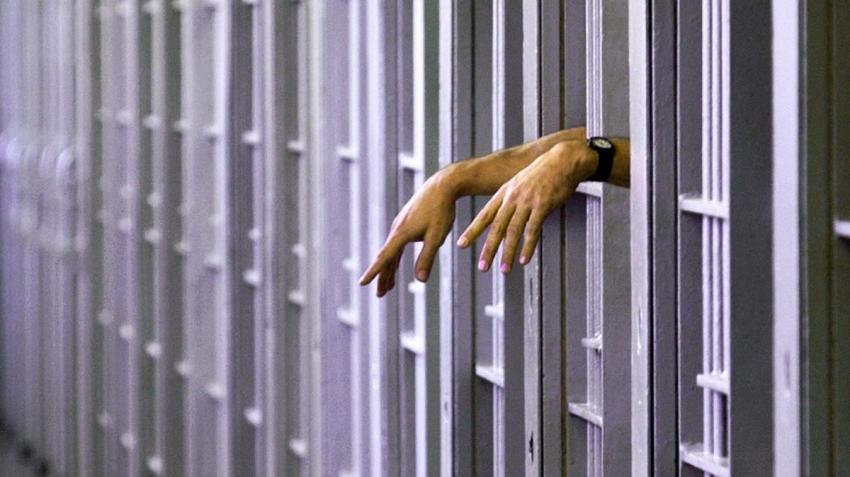 Cuatro de cada 10 reclusos en España padecen una enfermedad mental